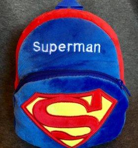Плюшевый рюкзак Супермен