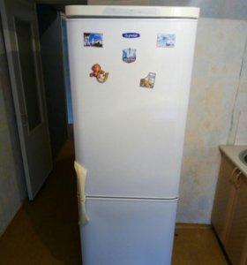 Холодильник бирюса.