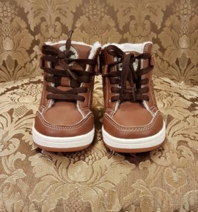 Детские ботинки от H&M