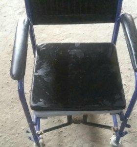 Санитарная коляска