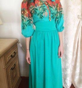 Платье ,зеленое