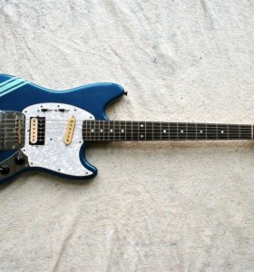 Fender Mustang Competition Lake Placid Blue