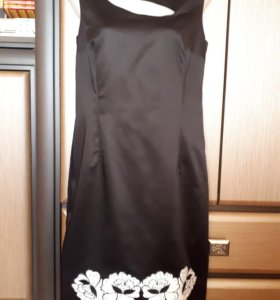 Нарядное коктельное платье 44 рр 2000 р