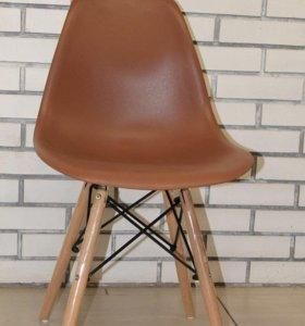 Стул стиль Eames коричневый