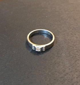 Кольцо белое золото 7 бриллиантов