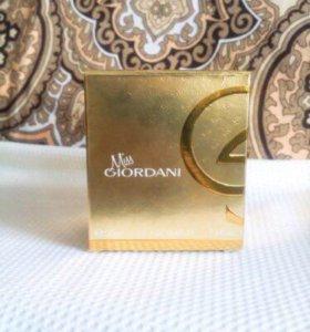 "Miss Giordani ""oriflame """