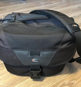Фотосумка Lowepro Stealth Reporter D300 aw