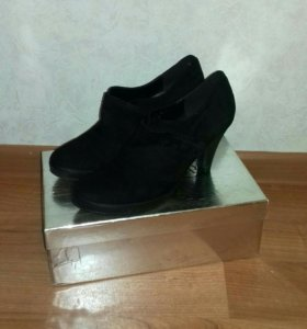 Туфли, нат. замша, размер 39 новые