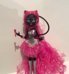 Кукла кошка Monster high Catty Noir. Кэтти Нуар.