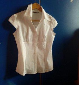 Школьная рубашка без рукавов
