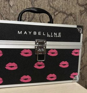 Кейс для косметики от MAYBELLINE