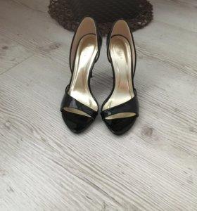 Туфли!!! Новые, не подошли по размеру!!!
