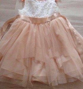 Платье для девочки+белая шубка в подарок