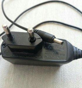 Зарядное устройство Nokia ACP-12E