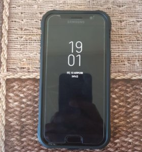 Продаю или обменяю Samsung A5 (2017)