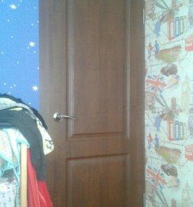 Межкомнатная дверь. новая в пленке.