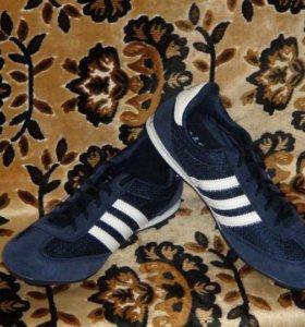 новые кроссовки р.38 и 39