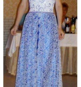 Платье 42-44 р