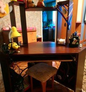 Продам компьютер стол