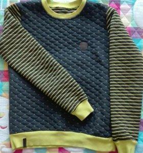 Свитшот, свитер 42р.