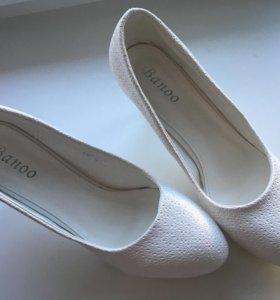 Туфли свадебные белые