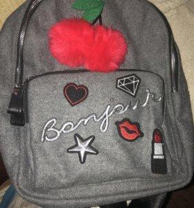 Рюкзак из коллекции блогера Саши Спилберг