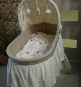 Кроватка -люлька от 0-6 месяцев
