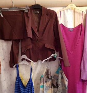 Костюм (пижджак и юбка)майки вязаное платье