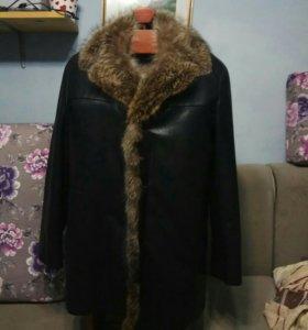 Зимнее кожанное пальто на меху