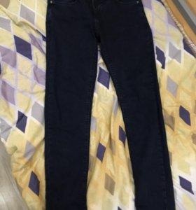 Полностью новые мужские джинсы