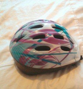 Шлем защитный детский в отличном состоянии