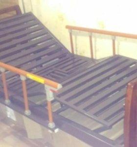 Медицинская кровать с туалетным устройством