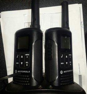 Рация переносная Motorola TLKR T60