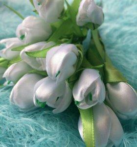 Цветы из атласных лент.