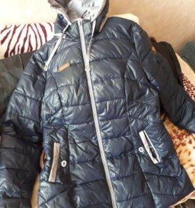 Новая темно-синяя куртка осень-зима