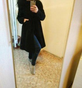 Вязанное пальто на атласной подкладке, Италия