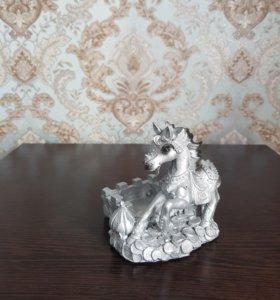 Новая пепельница серебряный конь подарок