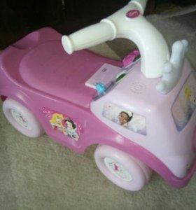 Машина-каталка для девочек Дисней принцесса