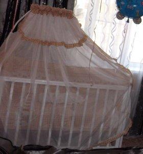 Кроватка детская с поперечным маятником