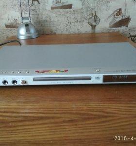 DVD плеер + Видео магнитофон
