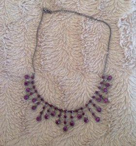 Комплект: ожерелье и серьги