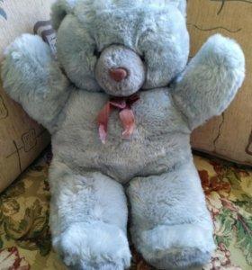 Медведь.Мягкая игрушка.