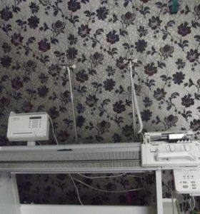 полупромышленная вязальная машинка Passap E 6000