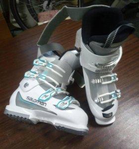 Новые горнолыжные ботинки 37 размер