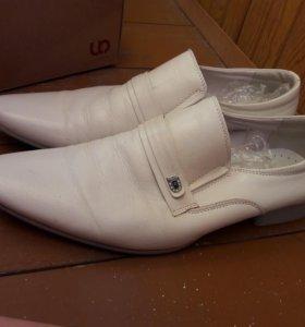 Натуральная кожанная обувь