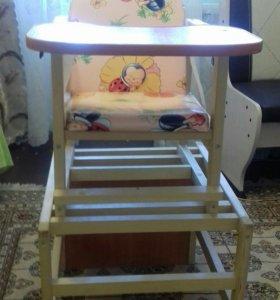 Детский стульчик со столом для кормления