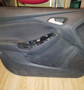 форд фокус 3 обшивка левой передней двери