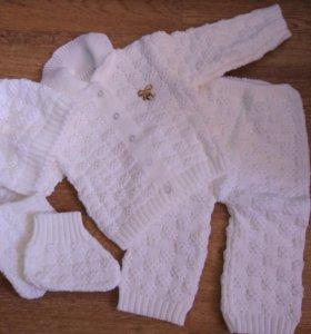 Новый Костюм кофта,штаны,шапка,пинетки новорожденн