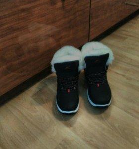 Мужские зимние ботинки новые