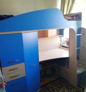 Кровать - чердак с рабочей зоной
